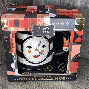FAO SCHWARZ CHRISTMAS COLLECTABLE MUG new!